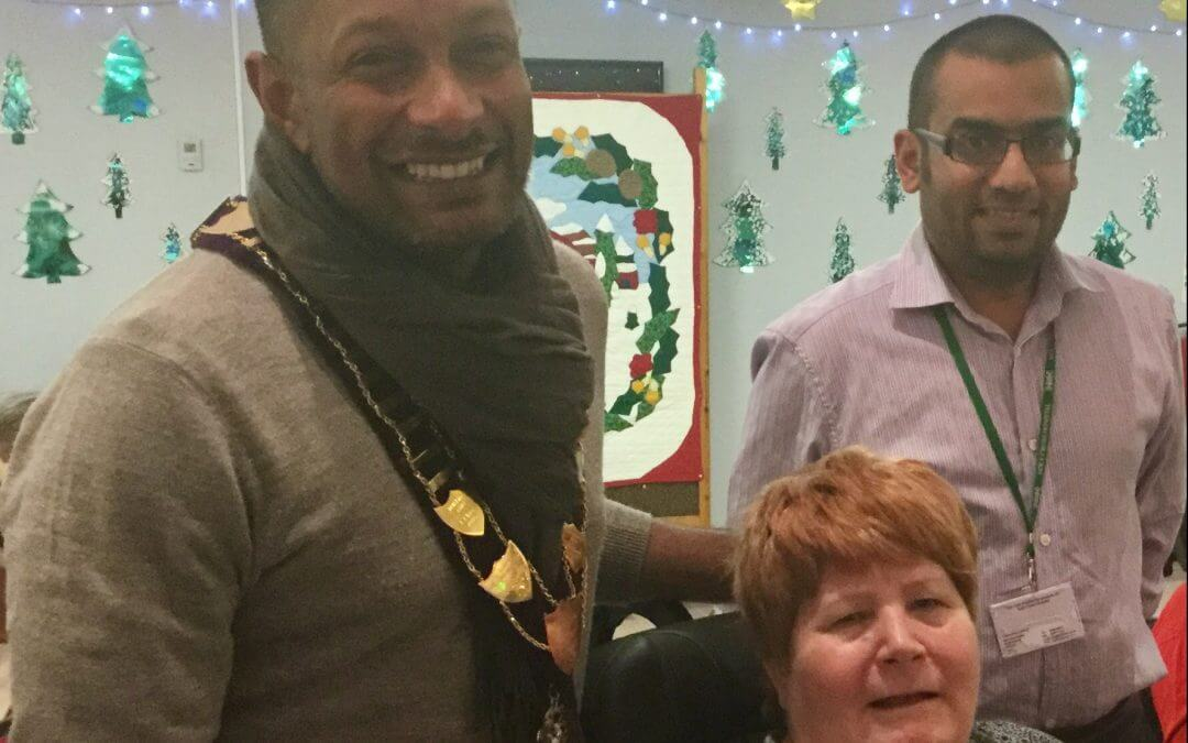 Town's Mayor visits Holy Cross Hospital